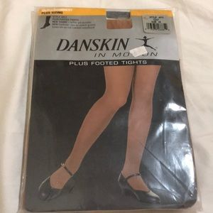 Danskin 4X Footed Tights Style 4013 Color Toast